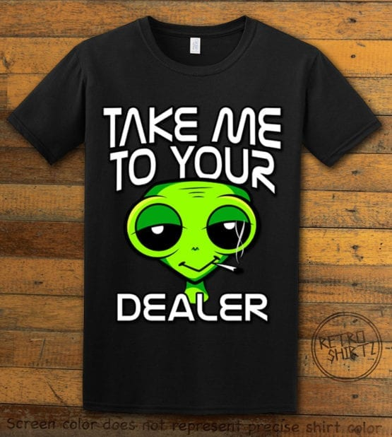 This is the main graphic design on a black shirt for the Weed Shirt: Stoned Alien Smoking