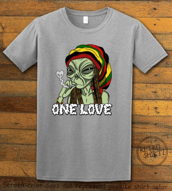This is the main graphic design on a gray shirt for the Weed Shirt: Rasta Alien